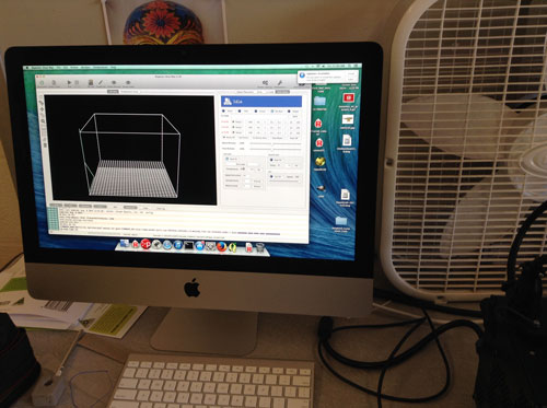 Mac attached to 3-D printer