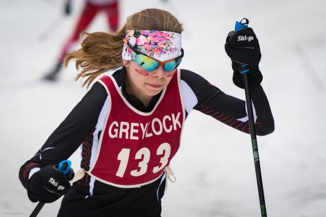 Miriam Bakija skis in a 2018-19 league race. Bakija is one of the team's three captains this year.
