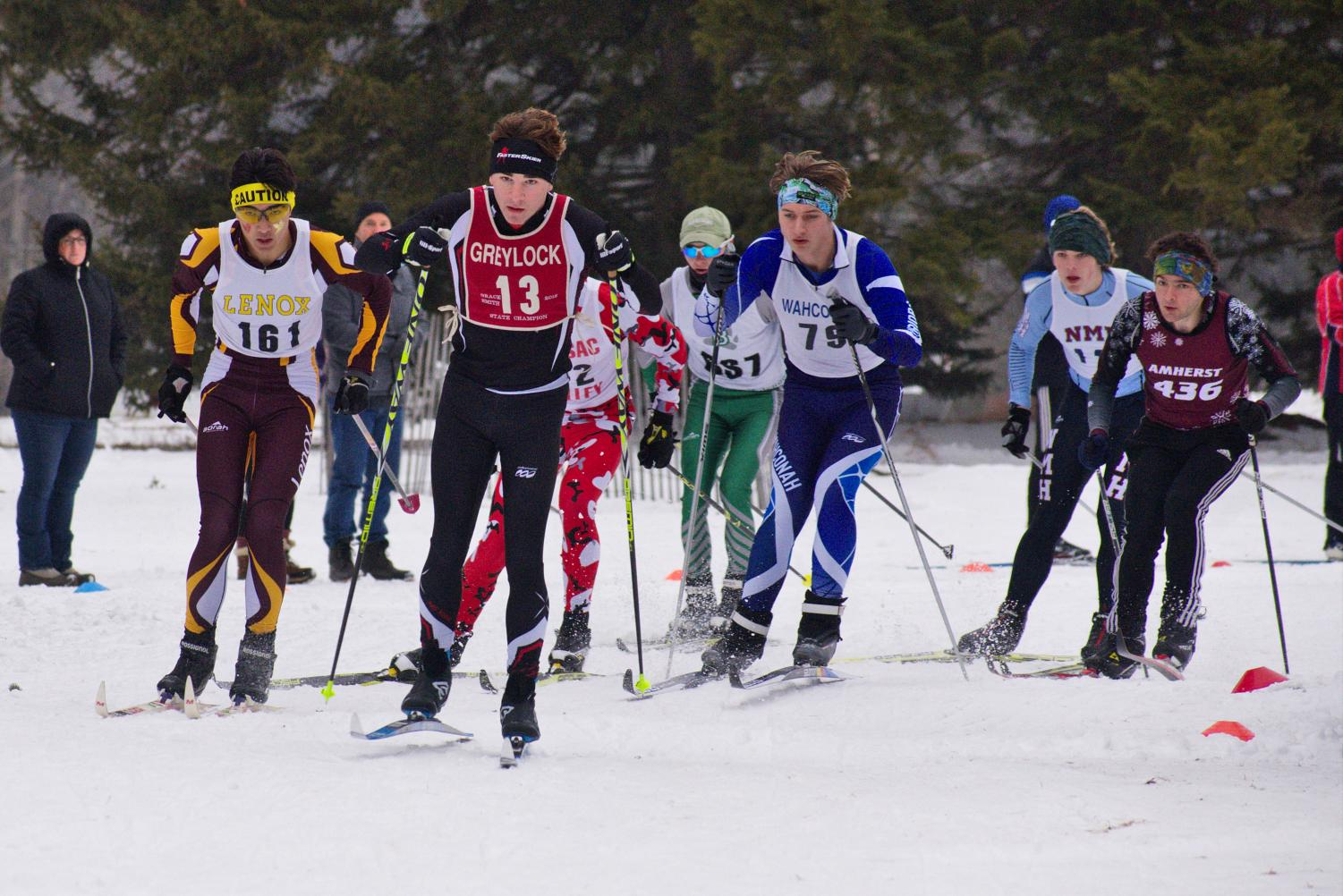 Col McDermott leads the first wave at an early season league race.